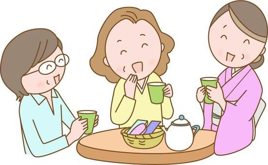 A woman making a tea party