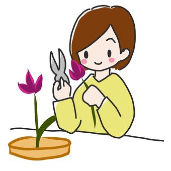 Flower arrangement girl