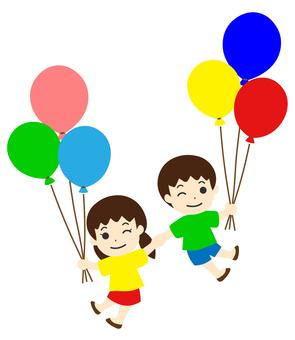 風船で浮かぶ子ども 手をつなぐ