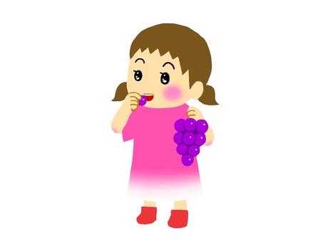 女孩吃葡萄