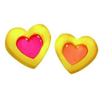 2 heart cookies