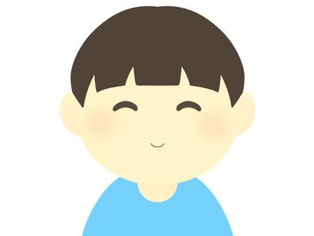 男孩(微笑)