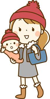 寶貝和媽媽出門