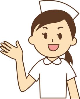 白色的製服護士