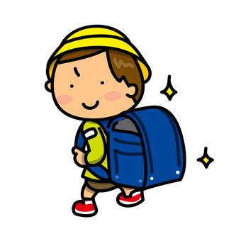 一個書包和一個男孩