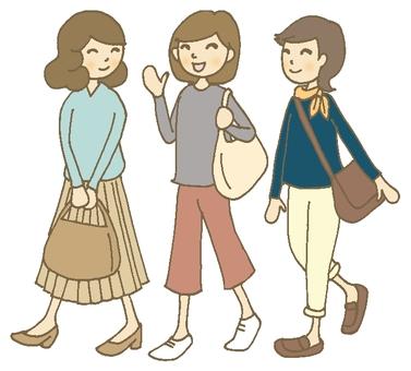 Traveling women