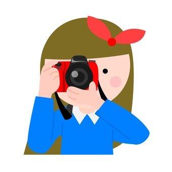 카메라를 짓는 소녀