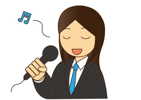 노래방에서 노래하는 여자