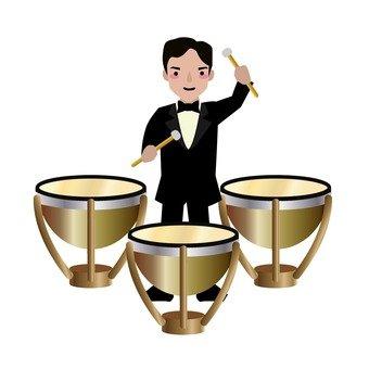팀파니 연주자 남성