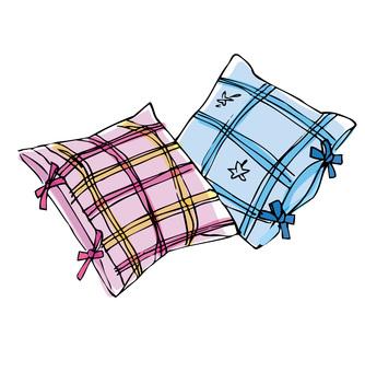 Newlywed cushion