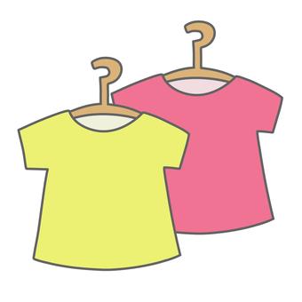 T-shirt on a hanger (set)