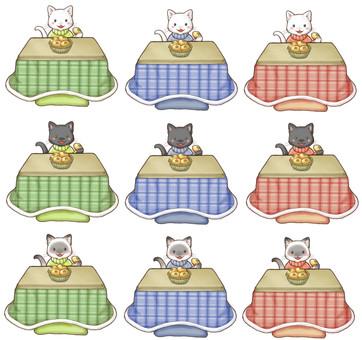 こたつと猫:白黒シャム