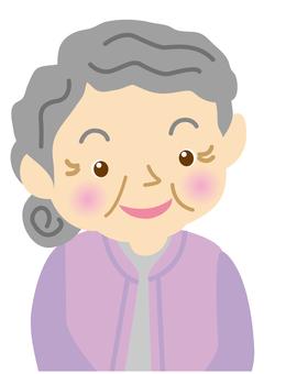 할머니 미소
