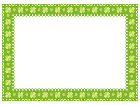 Clover pattern lace frame 4