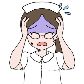 안경 간호사 (고뇌)