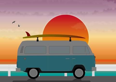 衝浪者和日落
