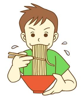 라면을 먹고있는 사람