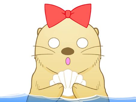 驚いているラッコちゃん(水中)