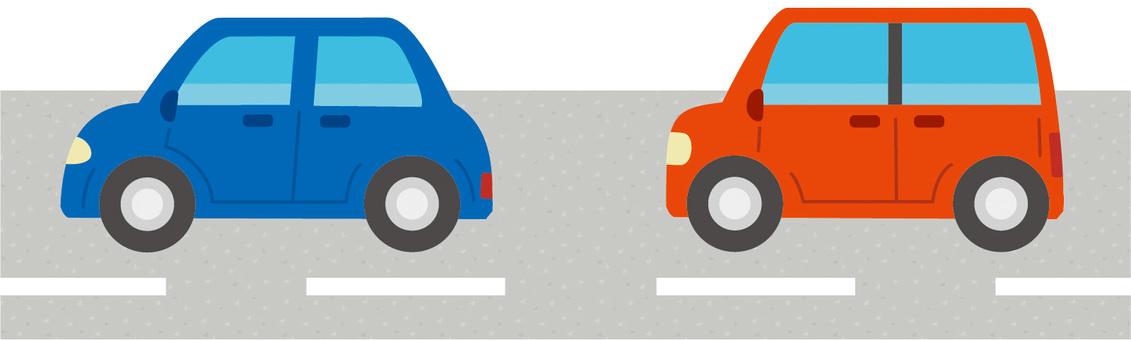 車道を走っている自動車