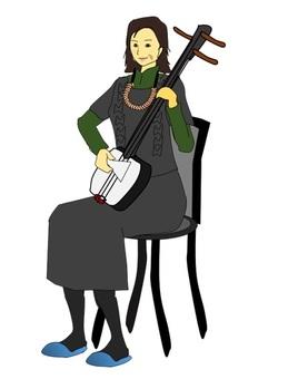 샤미센을 연주하는 노인 여성
