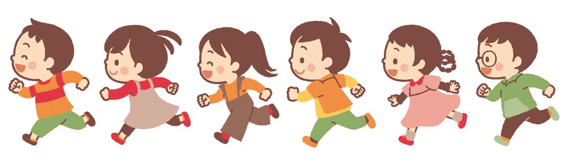 孩子們在秋天跑步